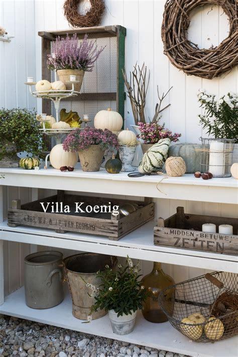 Herbstdeko Im Garten  Autumn Decoration  Villa König