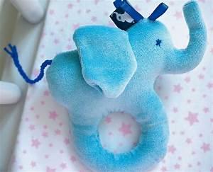 Spielsachen Selber Nähen : greifling elefant baby kuscheltiere spielsachen co freebooks n hen pinterest ~ Markanthonyermac.com Haus und Dekorationen