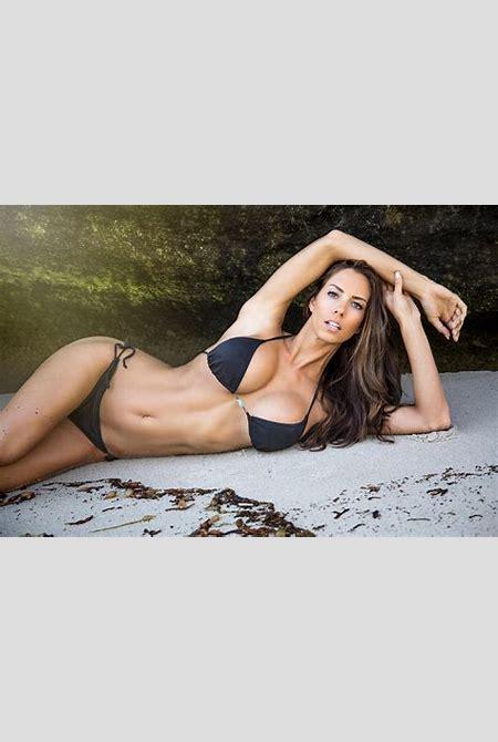 Janna Breslin Bikini Wallpaper 5760x3840 ID:2915