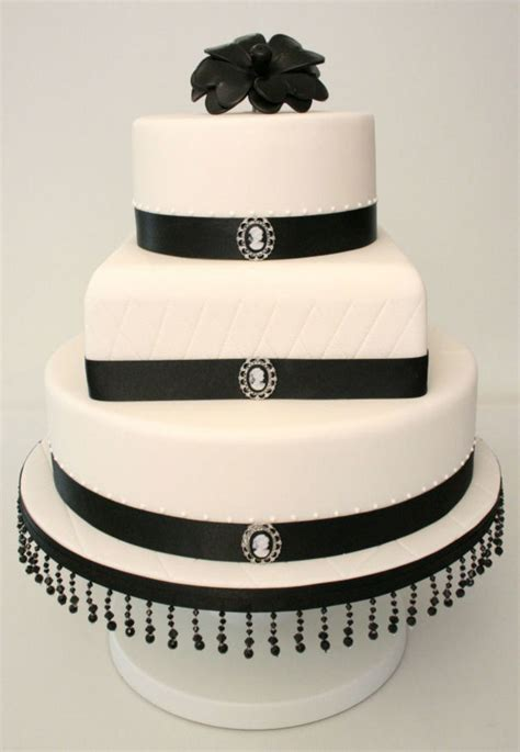 black and white cameo wedding cake cakecentral com