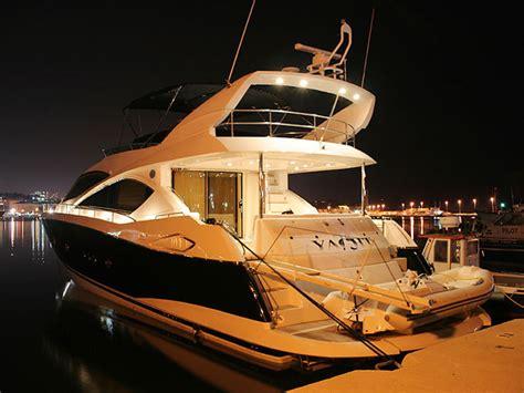 sunseeker  luxury yacht  rent charter  split