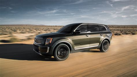 kia telluride   handsome  row suv
