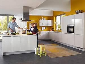 Meda Küchen Bonn : lux 819 seidengrau hochglanz ~ Markanthonyermac.com Haus und Dekorationen