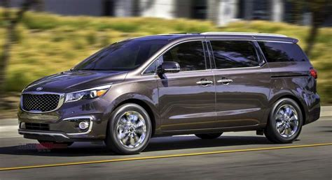 A destination charge of $1,175 brings that to $33,275. Kia Carnival MPV launch at 2020 Auto Expo - Spied with ...
