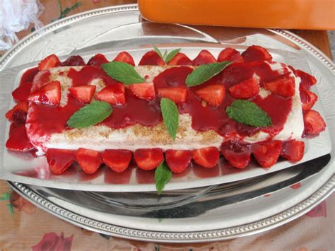 recette dessert la terrine aux fraises et chocolat blanc les petits plats quot facon manou quot