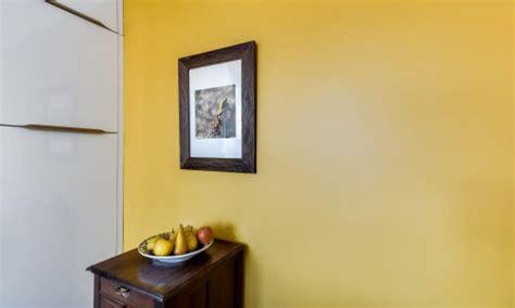 cuisine mur jaune cuisines jaunes 5 réalisations qui rayonnent le