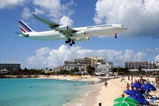 st maarten tourist bureau jet blast kills tourist on st maarten
