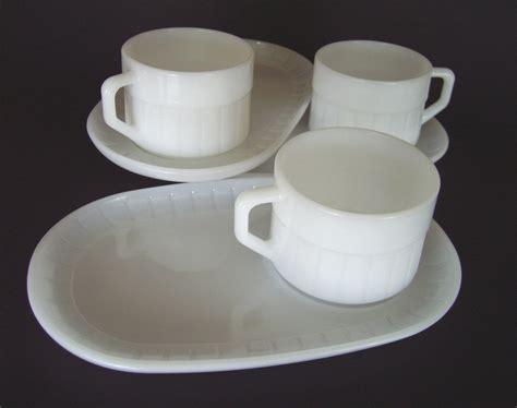 Vintage Federal Glass Snack Soup n Sandwich Set   3 Plates