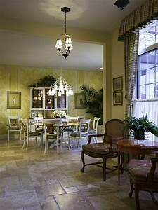 Buffet Salle à Manger But : 12 buffets pratiques et l gants pour la salle manger bricobistro ~ Teatrodelosmanantiales.com Idées de Décoration
