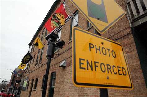 chicago red light camera tickets emanuel to let 1 5 million traffic camera tickets be