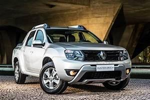 Dacia Duster Oroch : renault press historic vehicles duster oroch ~ Maxctalentgroup.com Avis de Voitures