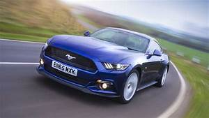 Ford Mustang Coupe (2015 - ) review | Auto Trader UK