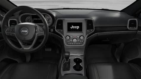 jeep cherokee 2018 interior ias vehicle spotlight the 2018 jeep grand cherokee limited