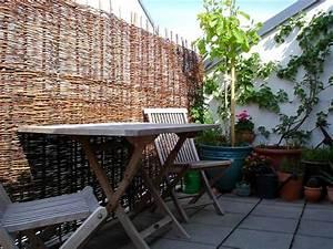 Grosse Kübelpflanzen Sichtschutz : balkon sichtschutz k belpflanzen wandbegr nung ~ Whattoseeinmadrid.com Haus und Dekorationen