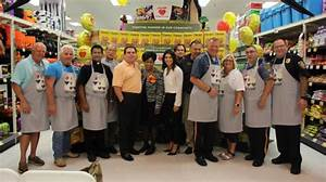 ShopRite Welcomes Guest Baggers To Help Fight Hunger