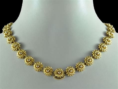 simple gold necklaces  women indian style attached
