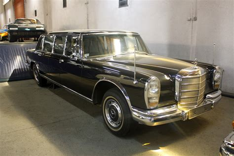 This fully armoured state limousine with a raised roof was produced in 1965 as a unique specimen for the company's own car fleet. 1963 Mercedes-Benz 600 Pullman Limousine Gallery | Gallery ...