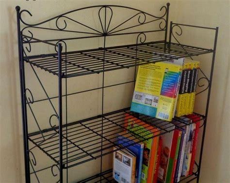 contoh desain rak buku besi furniture rumah