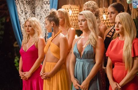 hit the floor bachelor 35 thoughts we had during last night s episode of bachelor in paradise perth the urban list