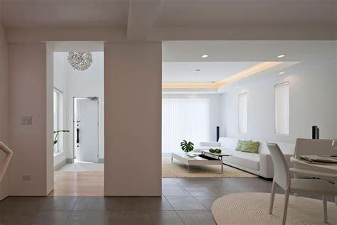 interior design minimalist home modern house by rck design karmatrendz