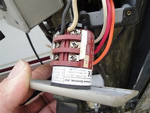 I Am Trying To Wire A Leeson A4c17dh4h To My Boat Lift