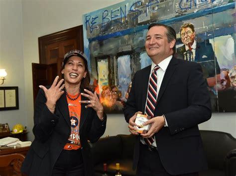 Kamala Harris visits Ted Cruz to make good on World Series