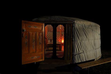 vaucluse chambre d hote yourte en provence au pied du mont ventoux avec à