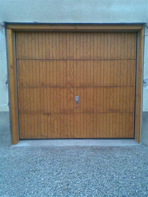 porte de garage sectionnelle plafond cadre nu avec rev 234 tement bois install 233 e 224 vars 05