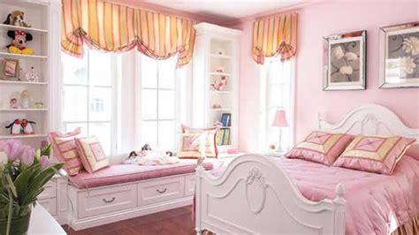 decoration anglaise pour chambre idées déco de chambre de princesse wondermomes