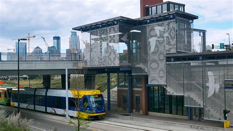 minneapolis light rail how the cities got transit right cnnmoney