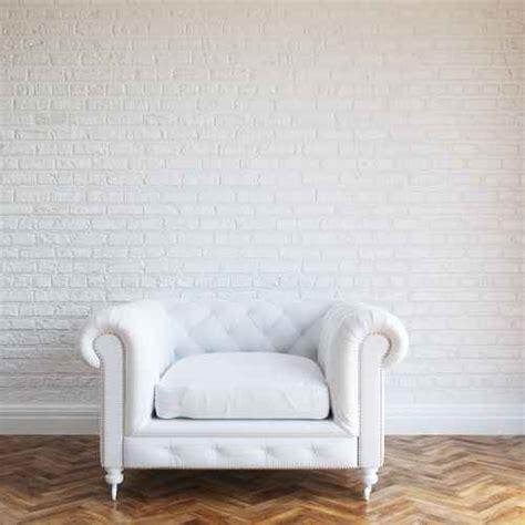 nettoyer un canapé cuir blanc nettoyer un canapé en cuir blanc les astucieux
