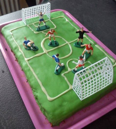 decoration gateau anniversaire football g 226 teau terrain de foot