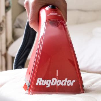 Can A Rug Doctor Clean Upholstery by How To Use Rug Doctor