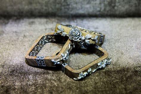 auction houses grow   kind  jewelry sale