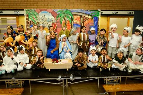 stars nativity pictures  schools