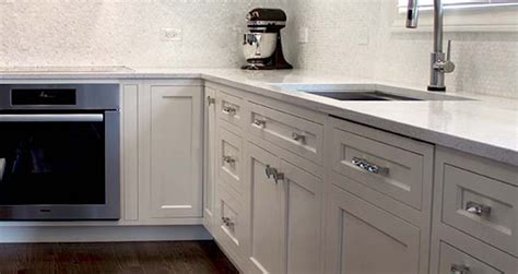 amish cabinet company amish cabinets chicago kitchen bathroom bar office