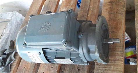 Motor Electric Trifazat by Motor Electric Trifazic 0 55 Kw 0 63 Kw 1375 1650 Rpm