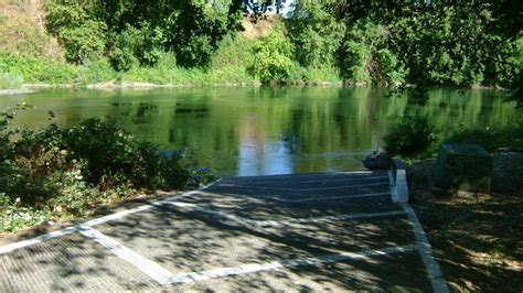 Gold River Boat Launch by 187 Rogue River Access 21
