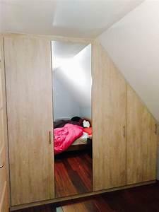 Dressing Sur Mesure Sous Pente : dressing sous pente avec porte miroir le kiosque amenagement ~ Melissatoandfro.com Idées de Décoration