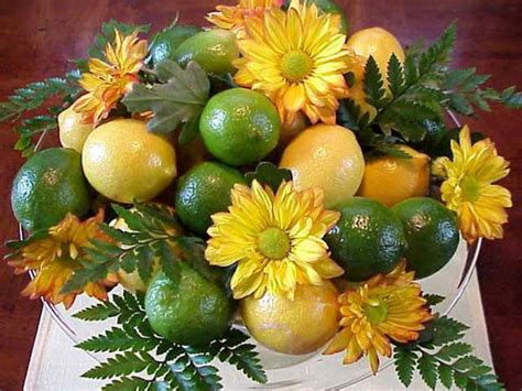 fruit flower decoration 22 modern ideas for table decoration with lemons and yellow green color combinations