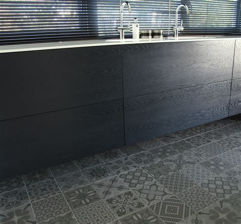 vintage tegels badkamer vintage stijl wand vloertegels juffers tegels