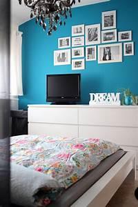 Wand In Petrol : blaue wand im schlafzimmer m belideen ~ Sanjose-hotels-ca.com Haus und Dekorationen