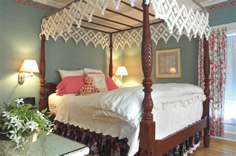 canap beddinge white stained wooden canopy bed with headboard and white
