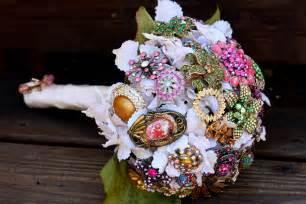 wedding bouquet ideas brooch bridal bouquets vintage wedding ideas 1 onewed