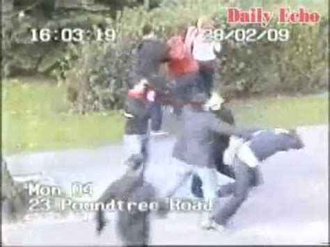 hooligans fighting southampton  cardiff  youtube