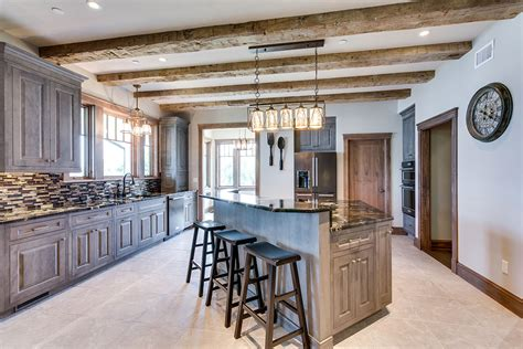 Custom Kitchen Cabinetry - Woodharbor Cabinets and Doors