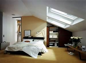 Schöne Bilder Fürs Schlafzimmer : schlafzimmer mit dachschr ge 34 tolle bilder ~ Indierocktalk.com Haus und Dekorationen