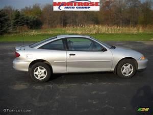 2001 Ultra Silver Metallic Chevrolet Cavalier Coupe ...