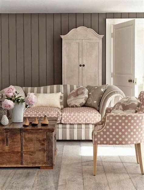 shabby chic decorating ideas on a budget living room decorating ideas on a budget shabby chic shabby chic living room 91 pretty colors