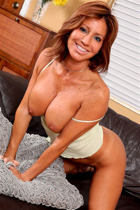 Sexy Moms Older And Mature Women [updates] Page 347